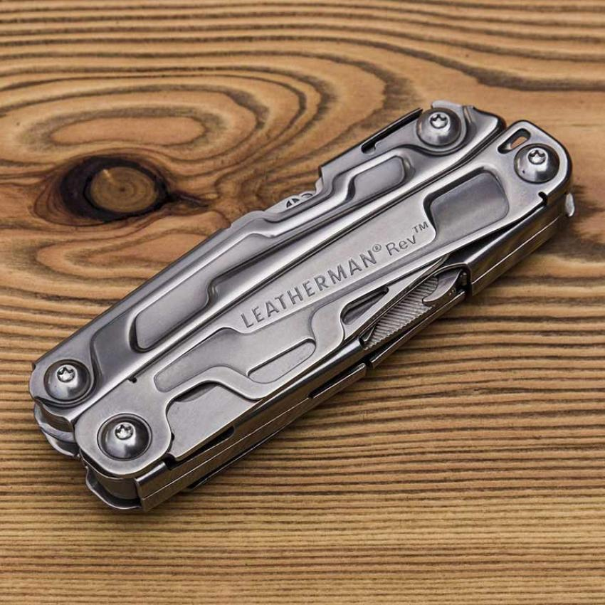 Набор мультитул LEATHERMAN REV 832130 + нож SKELETOOL KBX