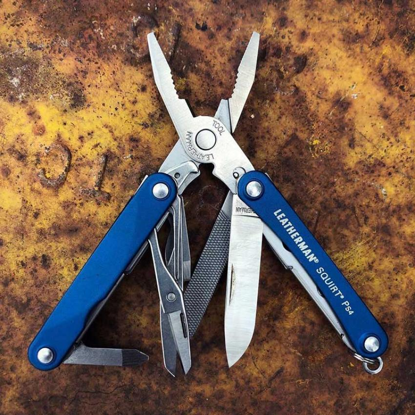 Набор мультитул LEATHERMAN SQUIRT PS4 BLUE 831230 + нож SKELETOOL KB